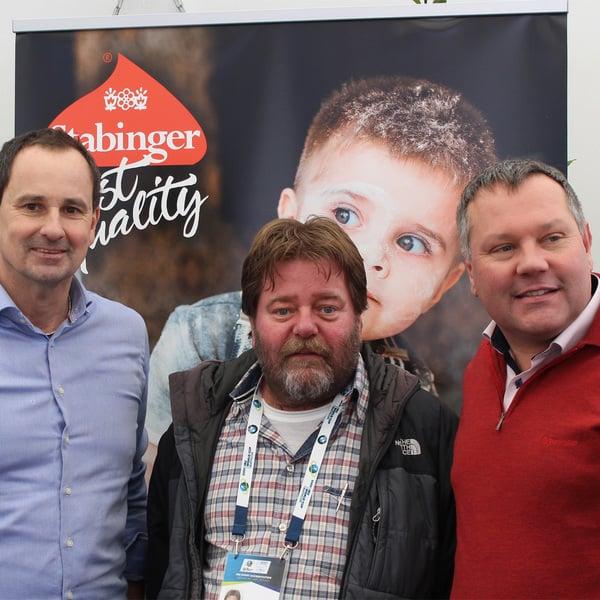 Karl Stabinger (in der Mitte)