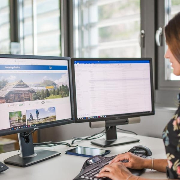 09.12.2019 - Südtiroler Hotelier- & Gastwirteverband neuer Partner der Biathlon WM Antholz 2020