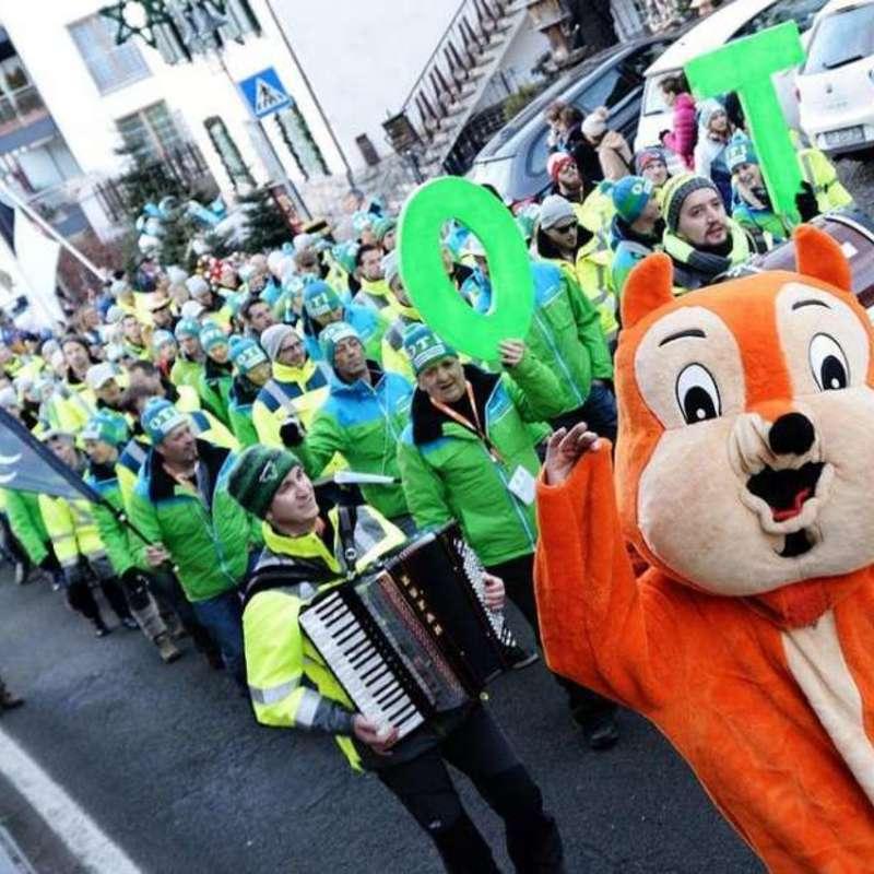 Fan Parade