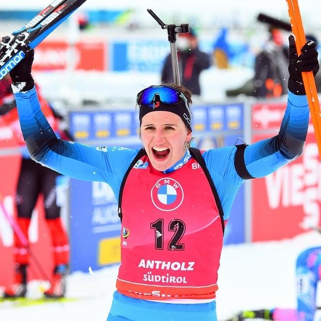 23.01.2021 - Julia Simon gewinnt Massenstart in Antholz